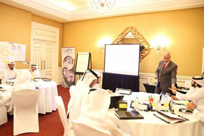 المكاتبات الإدارية ونظم المعلومات لدى النيابة العامة القطرية مع المدرب هشام زكي