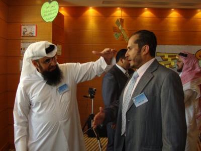 المدرب المعروف جابر اللخن يساعد طارق