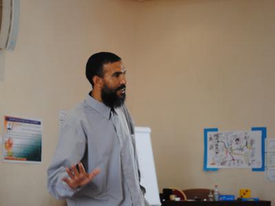 المدرب حادجي حمودادة يقدم عرض المهارات الثالث عشر