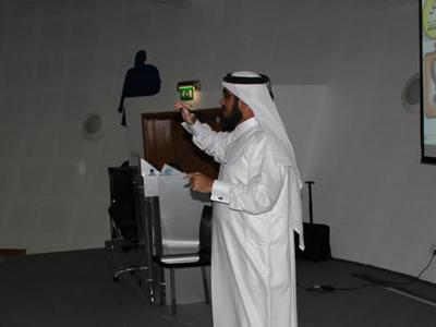 صور لدورة فن الإلقاء بالدوحة وتفاعل المشاركين
