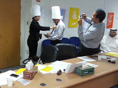 قطر - الدوحة 2012: إختتام دورة مهارات المكاتبات الإدارية للمدرب هشام زكي