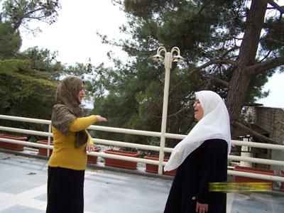 Trainee Huda  S.Mohammad (right) - Trainee Kadeja  AL mourabet (left) during exercises