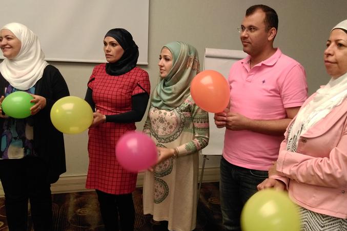 تمرين البالونات والاستماع للتعليمات قبل البدء
