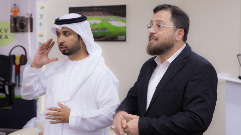 الاستشاري الدكتور محمد بدرة و الخبير الإعلامي المدرب فيصل بن حريز يتشاركان منصة الشرح  لإيصال أفضل المعارف للمتدربين