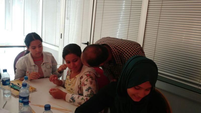مشاركة المدرب ياسين الراس في تنفيذ التمارين