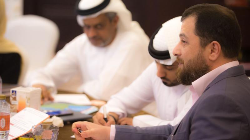 الدكتور محمد والمدرب أول ماجد أثناء المتابعة والتقويم