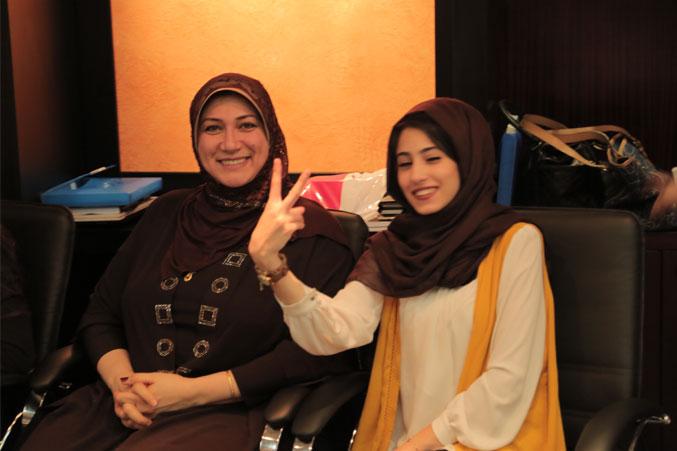 المدربة الدكتور خولة والآنسة أميرة وحالة من السعادة والتفاؤل