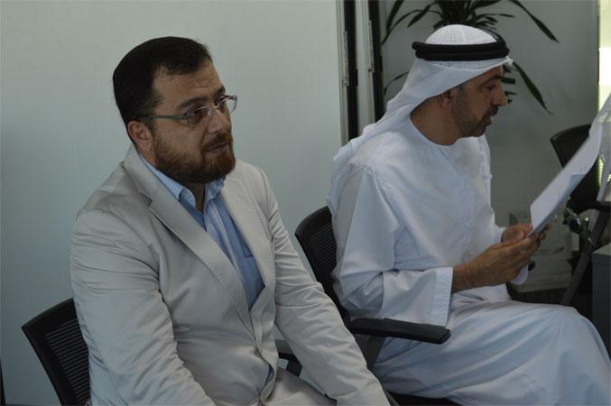 الدكتور محمد بدرة أثناء الاشراف على العروض التدريبية