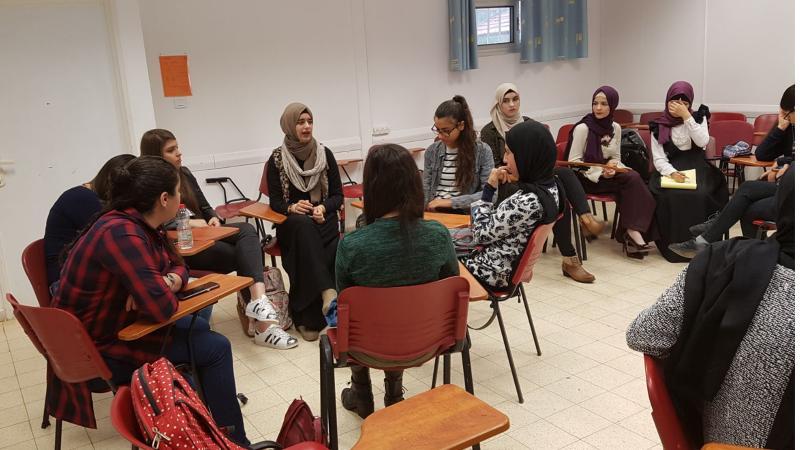 جلست حوار بين المتدربين حول أفكار الدورة