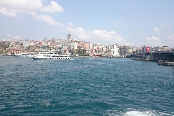 صورة لجزء من اسطنبول من على السفينة