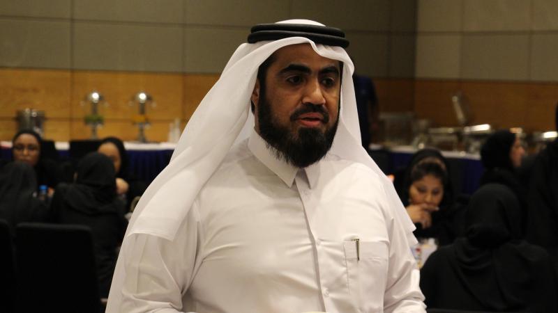 المدرب أول حسين أثناء الشرح والتقديم