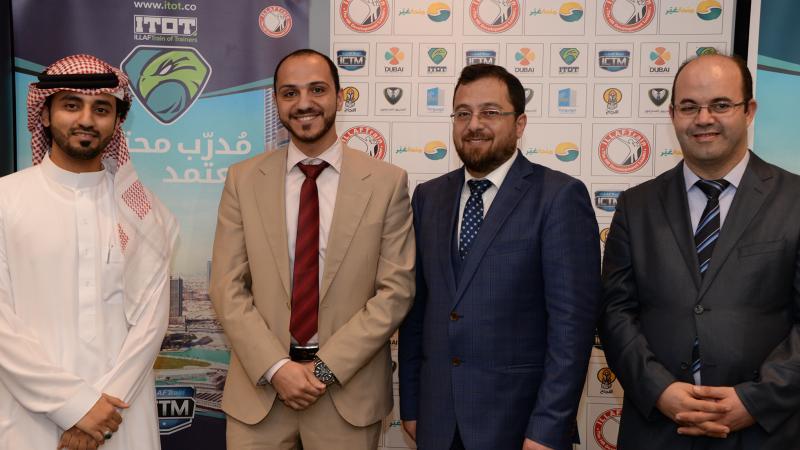 الدكتور محمد والمدرب أول ماجد، والمدرب أول عادل والسيد عمرو في صورة مع ختام دورة CMT