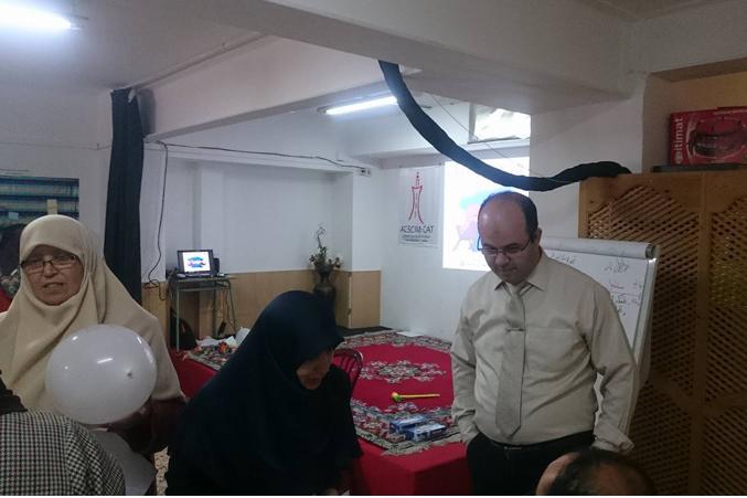 برشلونة تستضيف المدرب أول عادل عبادي في دورة دبلوم البرمجة اللغوية العصبية