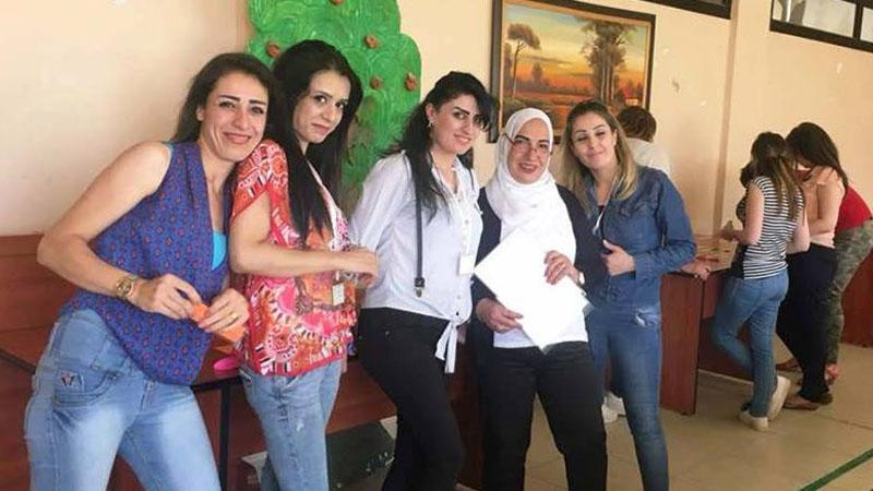 المدربة هدى الصيداوي خلال مشاركتها في الحدث التدريبي