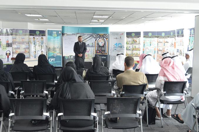 الدكتور محمد بدر خلال إلقاء كلمة الختام