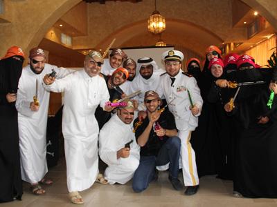 قطر - الدوحة: الجوالة يستكشفون غابات التدريب