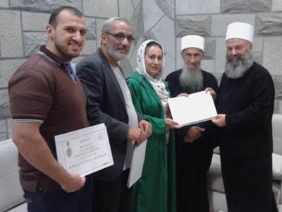تكريم المدربين د.محمد عزام القاسم والمدرب أول مهند تميم تقديراً لجهودهم