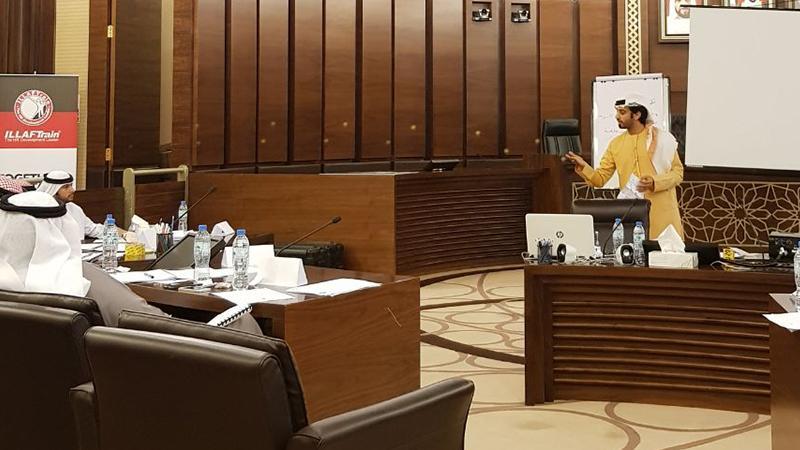 المدرب أول ماجد بن عفيف في دورة معالجة ضغوط العمل لصالح دائرة القضاء - أبو ظبي
