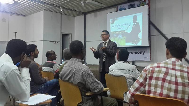المدرب أوّل صالح الفرجاني أبو بصير يقدّم محاضرتين عن البرمجة اللغوية العصبية
