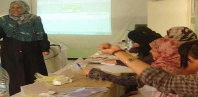 """الجزائر  - بسكرة: اختتام دورة """"كيف تستعد للاختبار"""" للمدربة عائشة لزنك"""