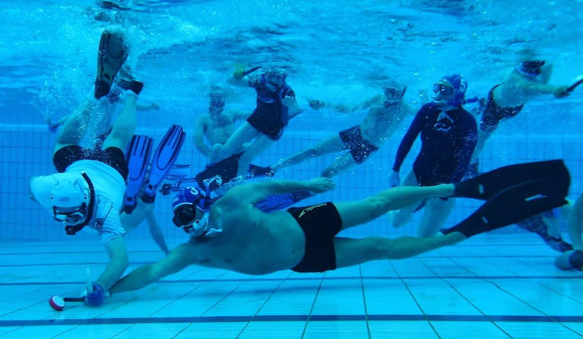 رياضة الهوكي تحت الماء