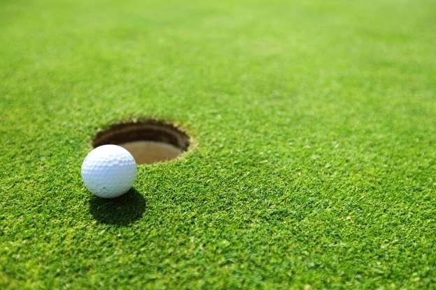 استعادة كرات الغولف