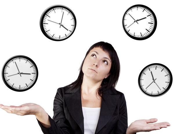 امرأة وأربع ساعات